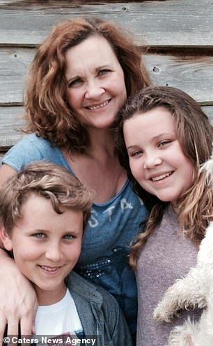 Doctors discharged bulimic girl from NHS clinic against mother's wishes