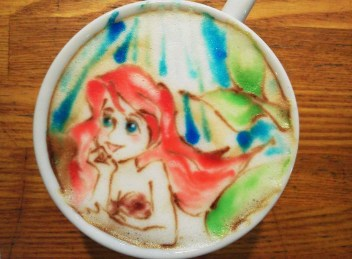 ariel-disney-petite-sirene-mermaid-Latte-Artist-Belcorno-Amazing-Anime-art-manga-online-streaming-legal-gratuit