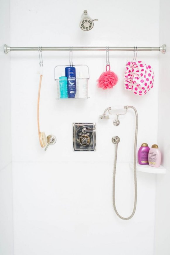 bathroom organisation tricks Handy Mano ManoMano Mano Mano Handymano shower rail