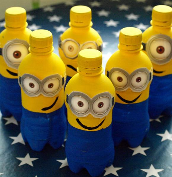 plastic bottle crafts mano mano the handy mano manomano DIY minion bowling pins