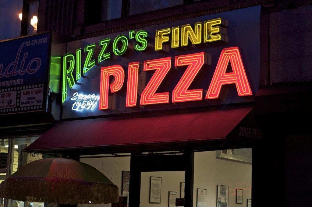 Rizzo's Fine Pizza, Astoria