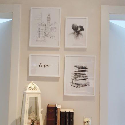 Quadri moderni per angolo libri