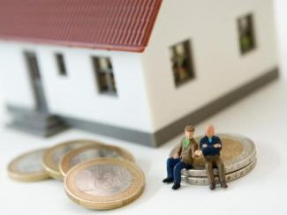 Wirtschaft-Baufinanzierung-ab-50-Bis-zur-Rente-moeglichst-viel-tilgen1_image_630_420f