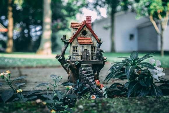 etsy keywords game show - garden ornament