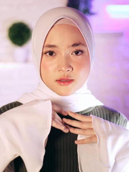 Makeup-Ombre-Lips-Nissa-Sabyan