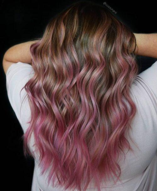 Highlight rambut pink brunette