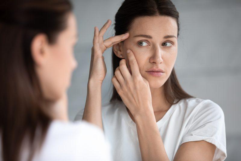 Tips Memilih Skincare untuk Usia 40 Tahun ke Atas