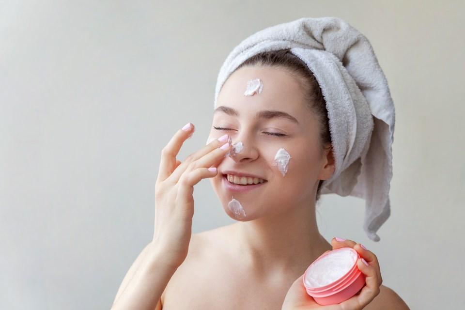 Urutan Skincare Malam untuk Remaja
