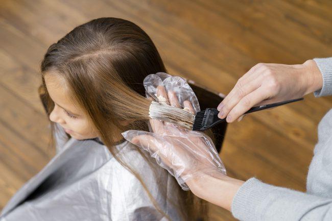 Cara-mewarnai-rambut