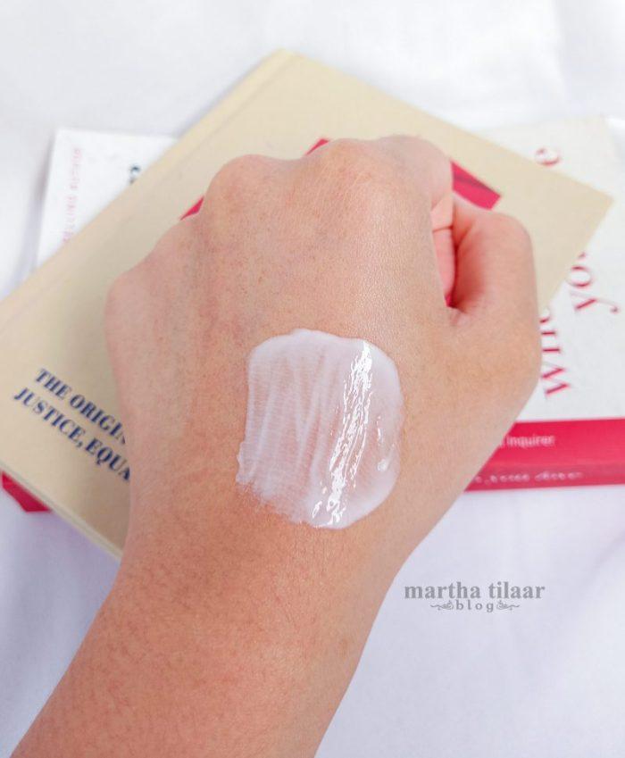 Tekstur Sariayu Econature Nutreage Night Cream