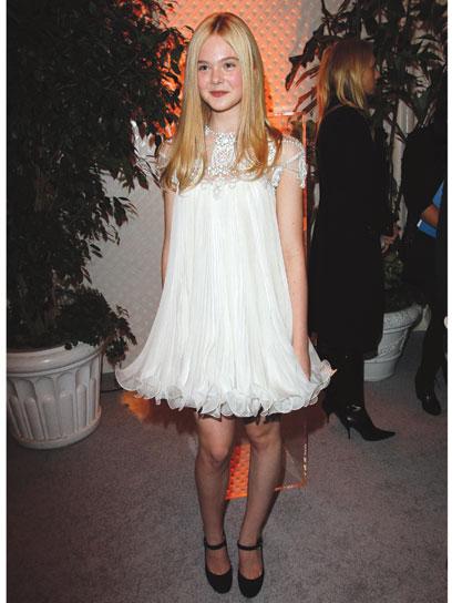 03-elle-fanning-fashion-timeline - Mary.com Girl Games Blog