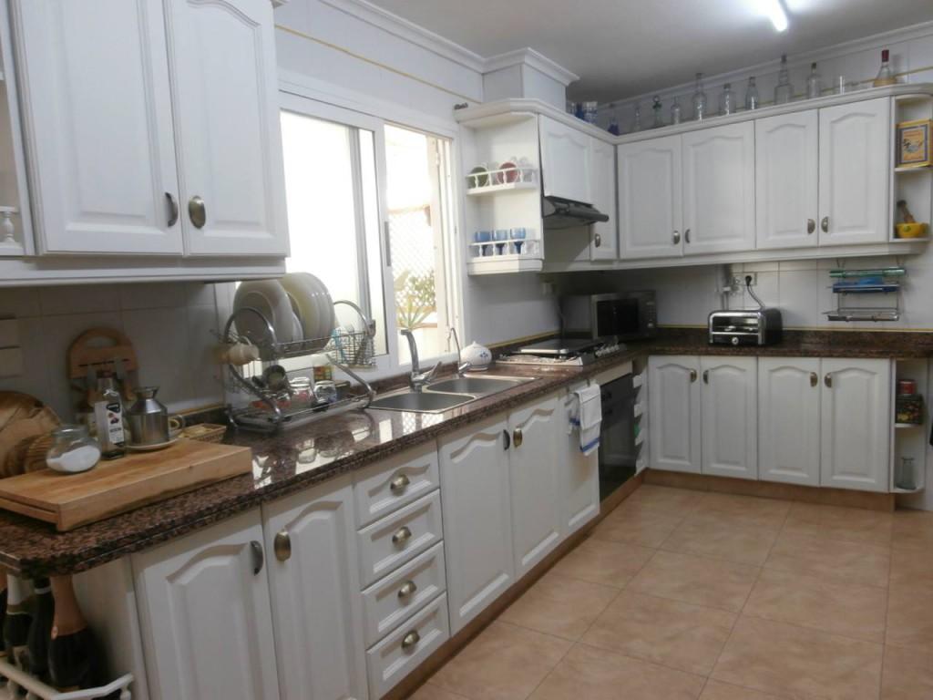 Antes y después de una cocina pintada