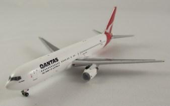 Qantas 767 by Inflight 500