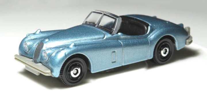 Matchbox MB1094 : 1956 Jaguar XK140 Roadster