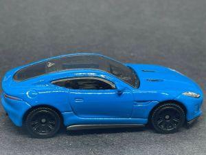MB975 : Jaguar F-type