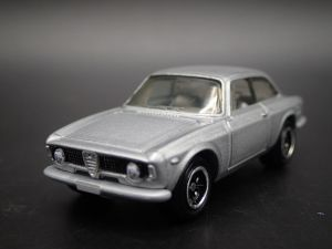 Matchbox MB715 : Alfa Romeo Giulia Sprint GTA