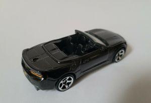 Matchbox MB1036 : '16 Chevy Camaro Convertible