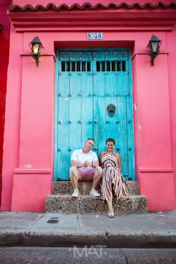 Cartagena Couple pictures save the date pictures