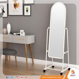 مرآة طولية مع عجلات
