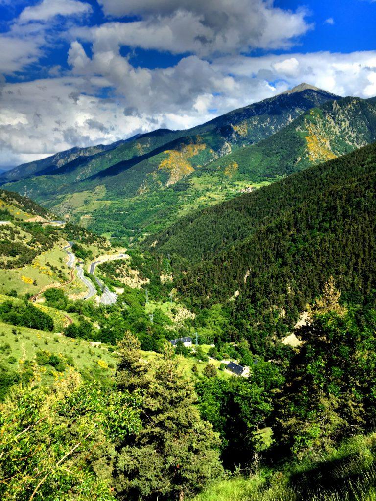 Vuoristomaisemaa matkalla Andorraan.