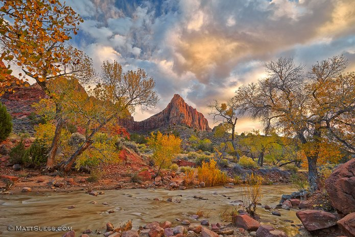 Watchman-sunset-along-the-river