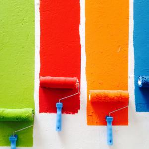 rouleaux peinture pride arc-en-ciel