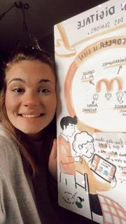 Victoria avec un dessin du projet Mamichou