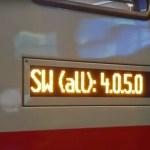 Die Anzeige des Softwarestandes am Außendisplay eines neuen IC2