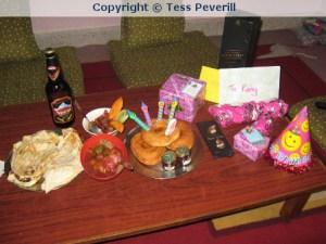 Ganz lieben Dank an Lisi und Tess für die kleine Geburtstagsfeier im Hostel.