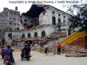 Mit einer Stärke von 7,8 auf der Richterskala erschütterte ein schweres Erdbeben Nepal am 25.4.2015