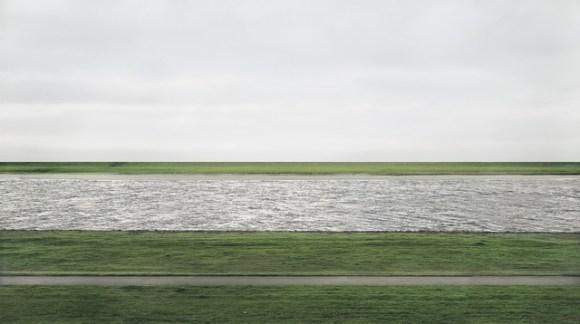 Andreas Gursky?s photgraph called ?Rhein II