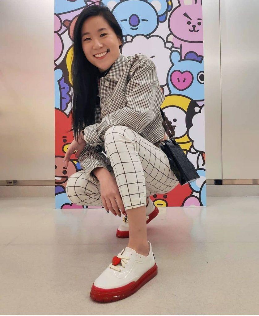 look melissa classic sneaker bt21