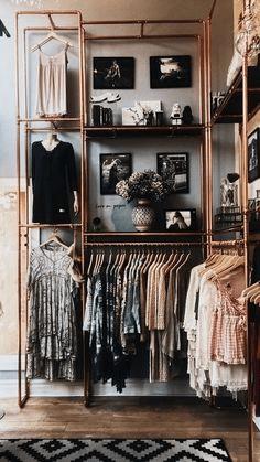 roupas-armario-brecho
