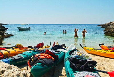 sea kayaking tours Croatia
