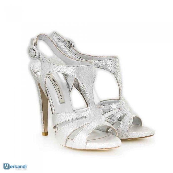 Stock scarpe firmate dall Italia - Il Blog ufficiale di Merkandi 618f1eed734
