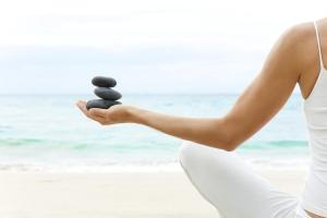 Meditation Techniques: Learn to meditate with stones