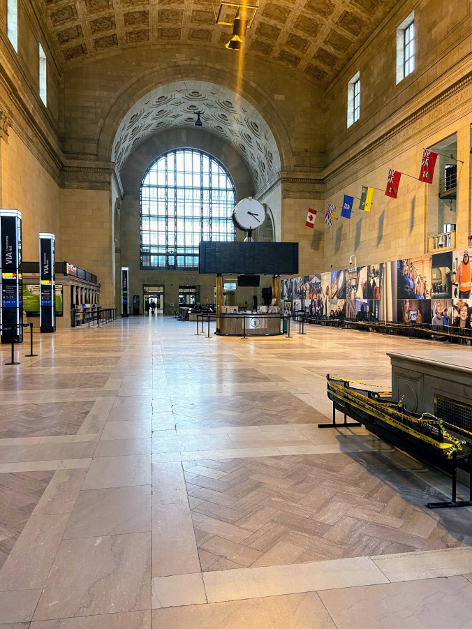 A look inside UNion Station, largely vacant.