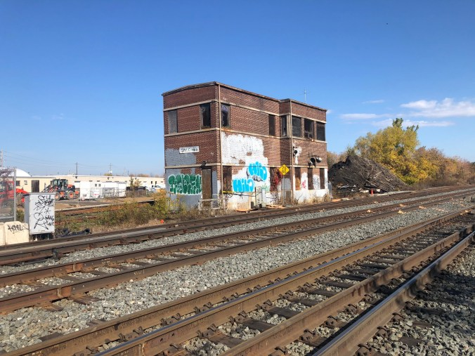 Photo of the the Canpa signal tower on the Lakeshore West  GO corridor