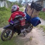 Saat-saat Mengangkat Barang dari Kost ke Rumah Untuk Kuliah Lagi di Bandung