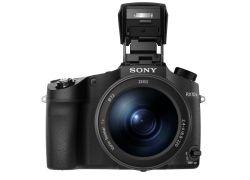 Lichtstark mit Mega-Zoom: die neue Kamera RX10 III von Sony