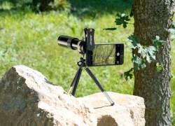 Somikon Smartphone Vorsatzlinsen: Vorsatz-Tele-Objektiv 20x für Smartphones, Aluminium-Gehäuse & Stativ