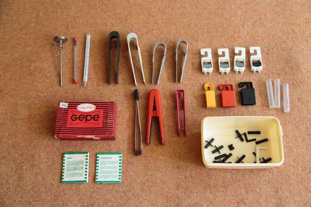 All the helpful film clips, tongs, thermometers etc. with which I started my own darkroom