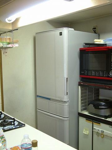 新しい冷蔵庫!なんとか収まりました(^_^)v