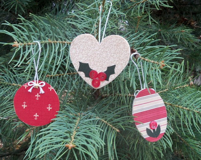 ct-mbs-charming-christmas-ornaments