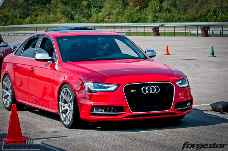 Forgestar CF5V Audi B8 S4 Silver 19x9ET39 Red On Track (9)