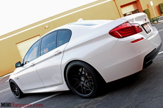 White BMW F10 550i Matte Black Wheels Side Rear