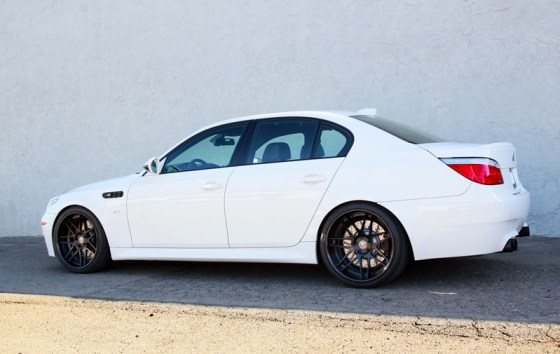todds-bmw-e60-m5-snow-white-005