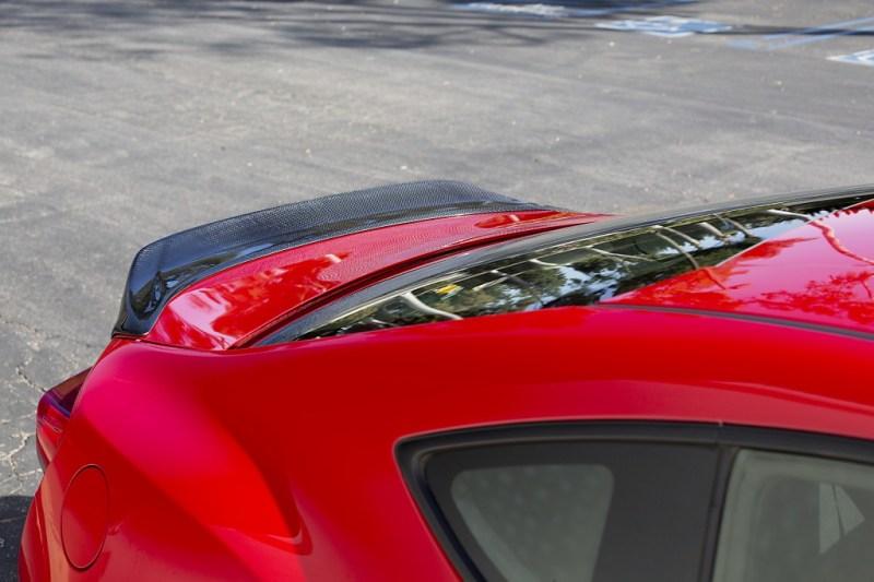 Rear lip spoiler from passenger side