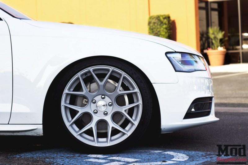 Audi-B8-A4-Avant-Garde-M590-007
