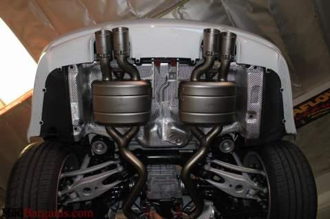 bmw-e92-m3-akropovic-axle-back-exhaust-7